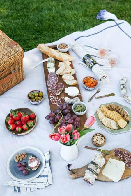 park-picnic-summer-chic