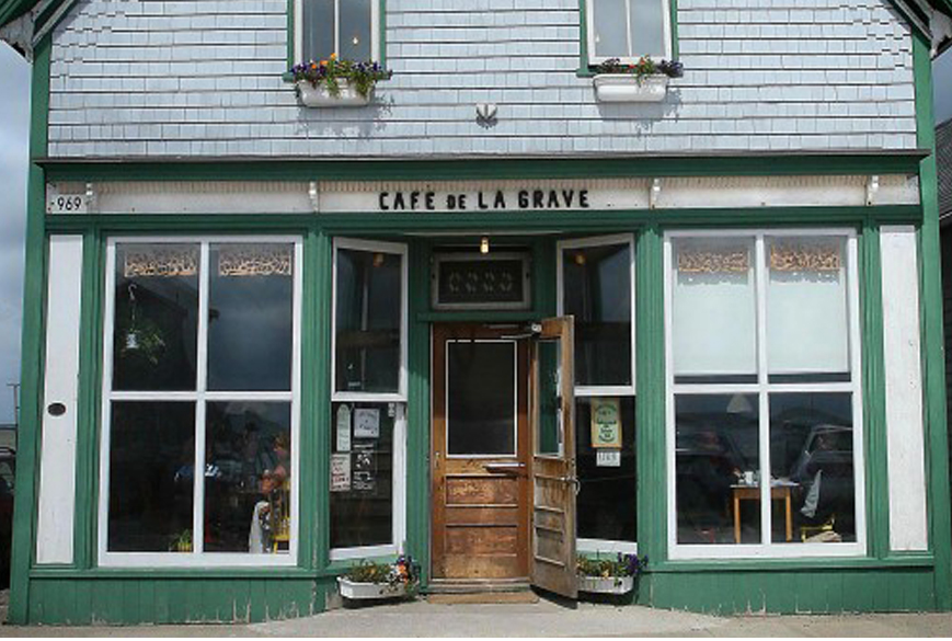 cafe-de-la-grave-iles-dela-madeleine