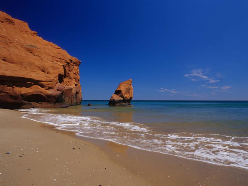 tourisme-iles-de-la-madeleine-falaises