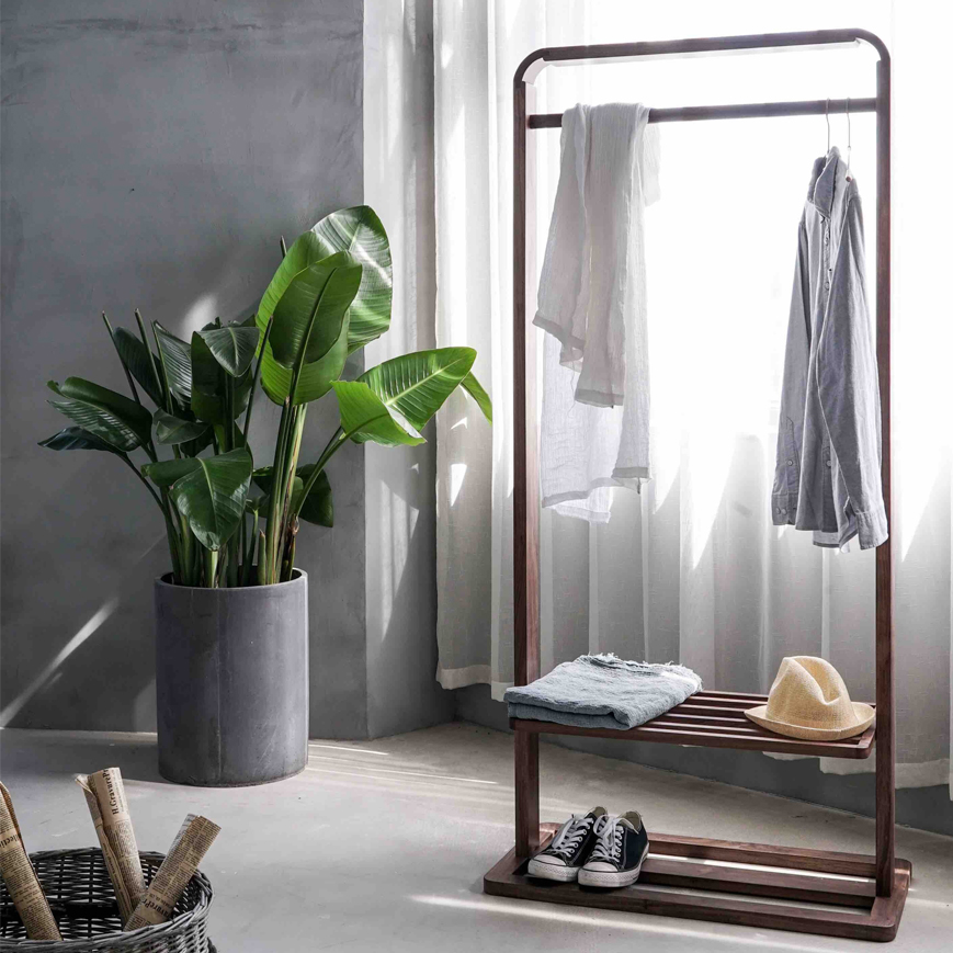 home-luxury-clothes-closet-fashion-blog-canada-caroline-elie