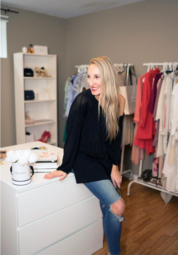 stylish-girl-walkin-closet-canadian-blogger-caroline-elie-style