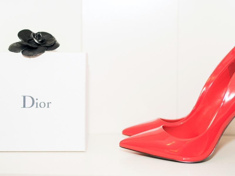 fashion-luxury-style-blogger-canada-caroline-elie