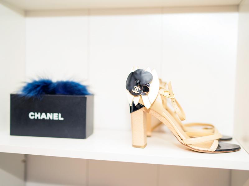 walkin-closet-chanel-luxury-fashion