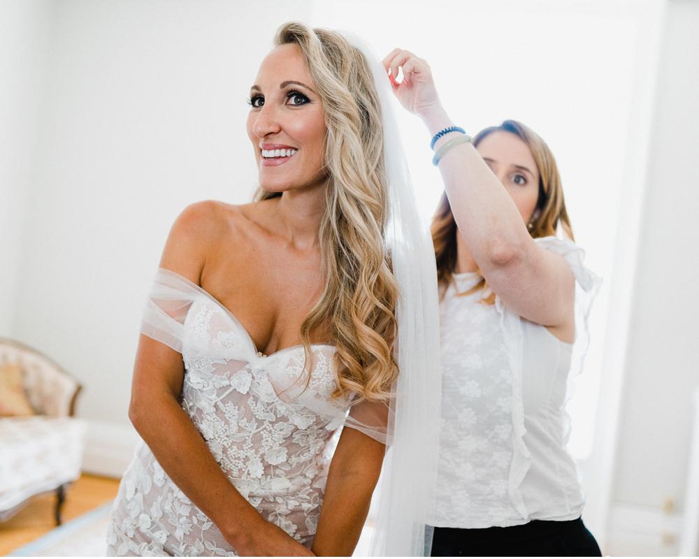 wedding-dress-montreal-bride